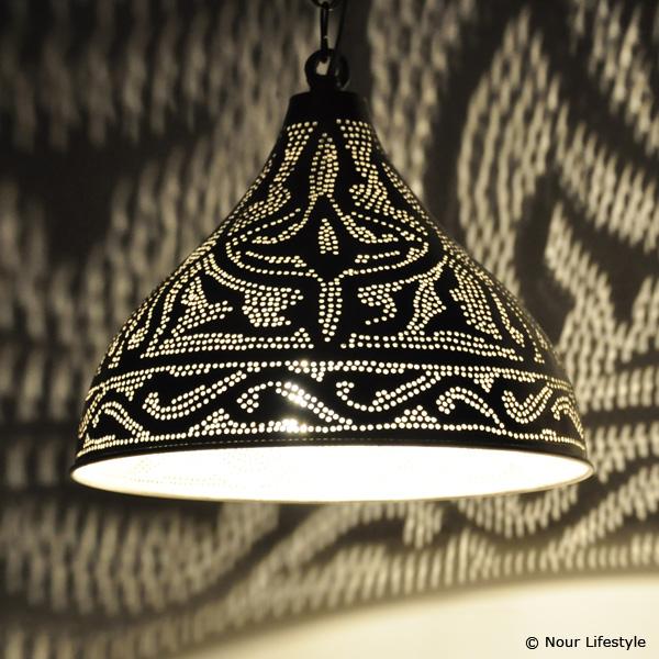 Hanglamp Sorraya van Nour Lifestyle, Egyptische hanglamp met Arabisch ...