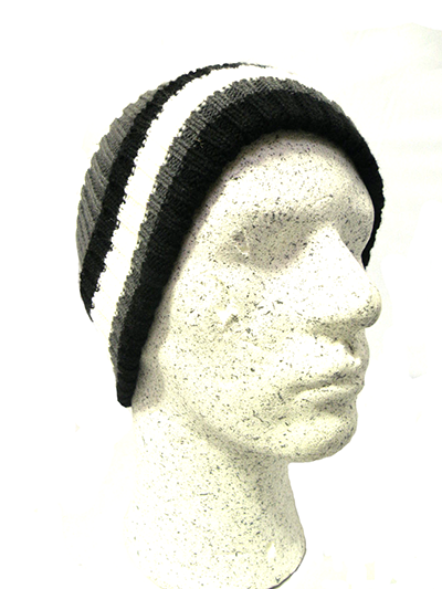 http://myshop.s3-external-3.amazonaws.com/shop1529500.pictures.Gelert-kids-winter-muts-zwart-wit-grijs.png
