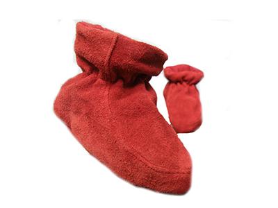 http://myshop.s3-external-3.amazonaws.com/shop1529500.pictures.Jobe-rode-babyslofjes-peuters-schoenen-babys-kinderen-luiers-kleding.jpg