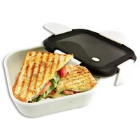 http://myshop.s3-external-3.amazonaws.com/shop1651200.pictures.50502bsmall_lunchbox_sandwich_mealbox.jpg