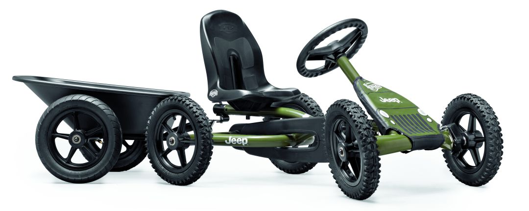 Berg Buddy Jeep Junior met aanhanger.