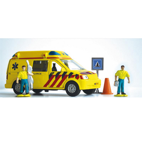 AUTO AMBULANCE M. FIGUREN