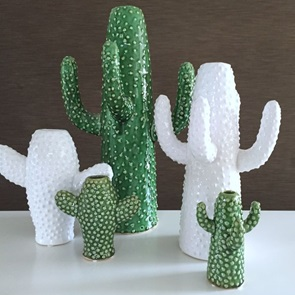 Cactus vase White medium