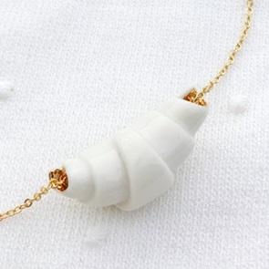 Croissant necklace White