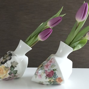 Diamond vase B Flowers