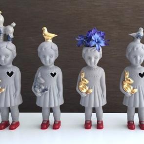 Grey doll open mind