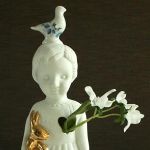 Popje blauwe duif