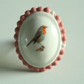 Ring roodborst roze