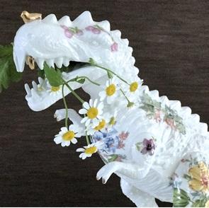 T-rex  Flowerbomb