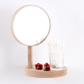 Wall shelf with mirror