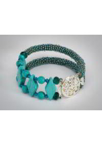 http://myshop.s3-external-3.amazonaws.com/shop28388.pictures.foppes_armband_turkoois_slotje_kl.jpg