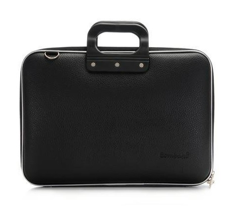 http://myshop.s3-external-3.amazonaws.com/shop2862500.pictures.bombata-medio-laptoptas-13-inch-zwart.jpg