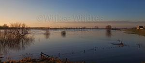 http://myshop.s3-external-3.amazonaws.com/shop3380800.pictures.4315K.jpg