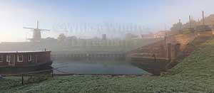 http://myshop.s3-external-3.amazonaws.com/shop3380800.pictures.965K.jpg