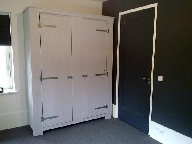 Badkamer kast van sloophout badkamer ontwerp idee n voor uw huis samen met meubels - Keukenkast outs ...