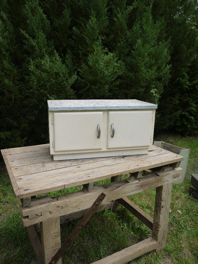http://myshop.s3-external-3.amazonaws.com/shop4613300.pictures.165.jpg
