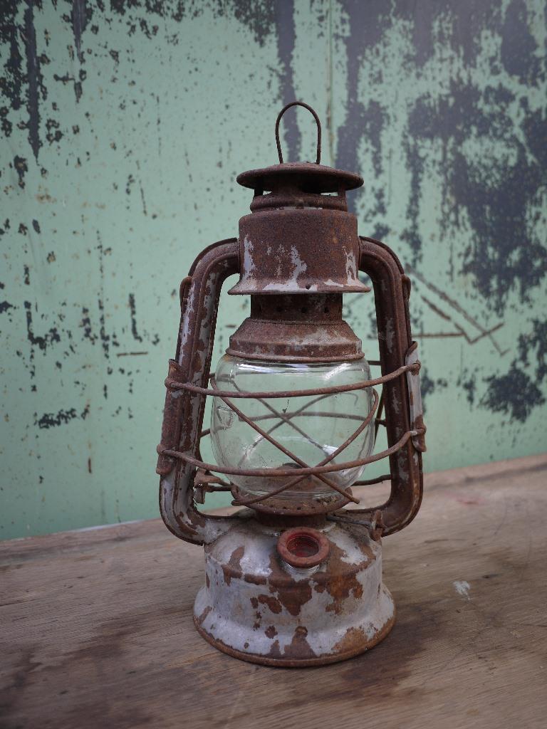 http://myshop.s3-external-3.amazonaws.com/shop4613300.pictures.166d.jpg