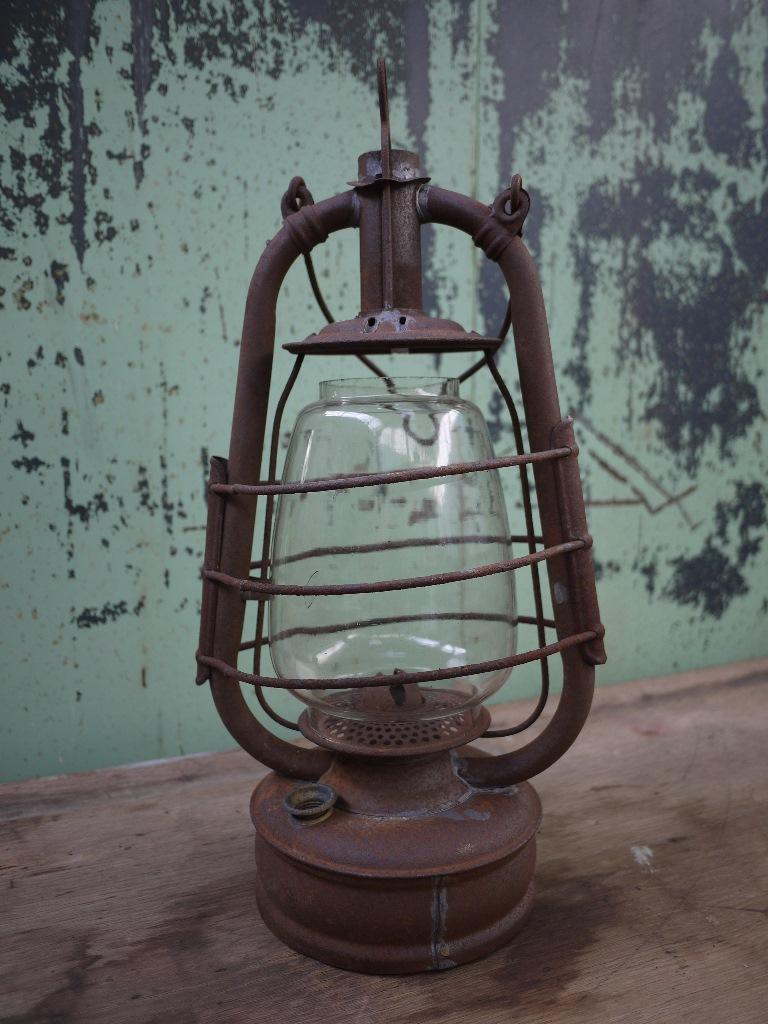 http://myshop.s3-external-3.amazonaws.com/shop4613300.pictures.166e.jpg