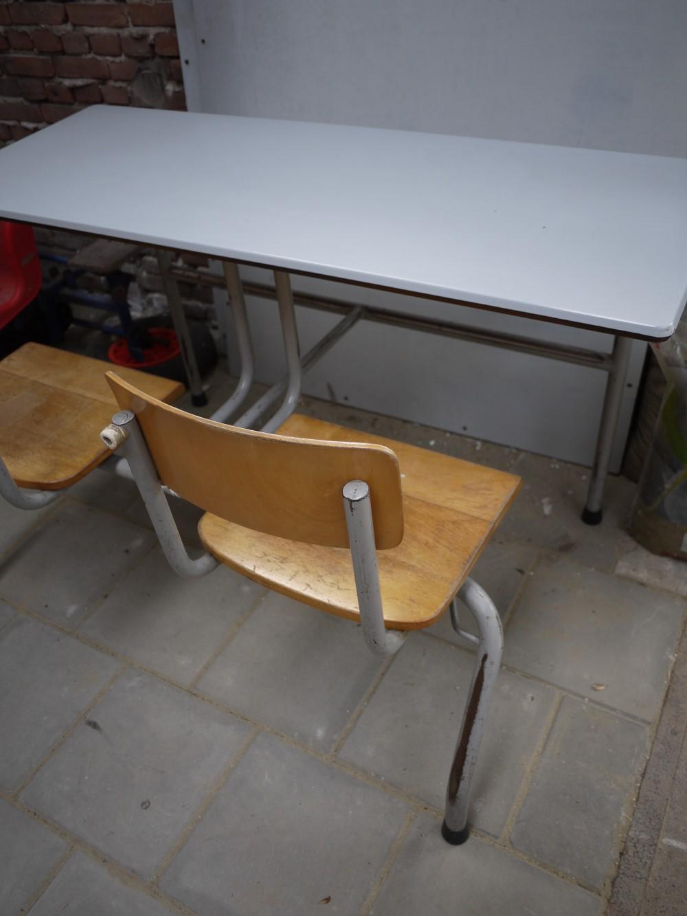 http://myshop.s3-external-3.amazonaws.com/shop4613300.pictures.359.JPG