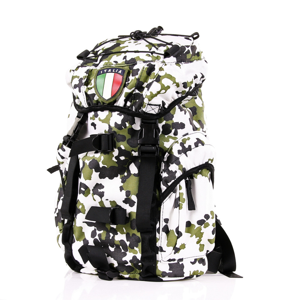 http://myshop.s3-external-3.amazonaws.com/shop4795900.pictures.351635_1_rugzakken_rugtassen_camo_survival_tactical_leger_army.jpg