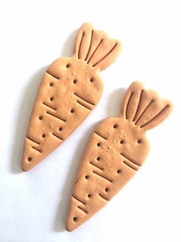 2 xxl wortel koekjes