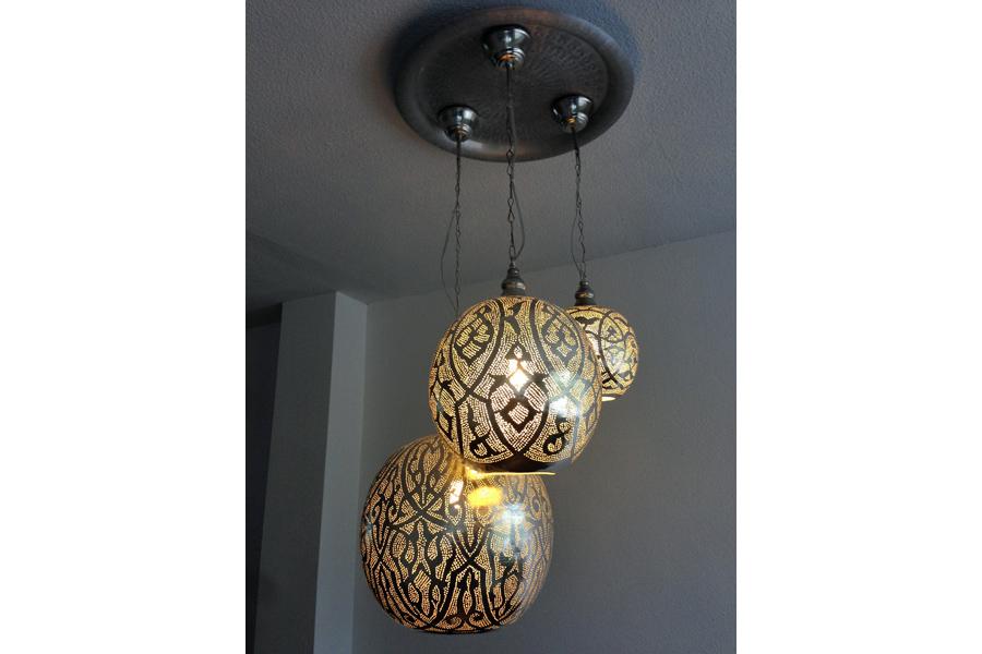 Arabische lampen Isra aan dienblad