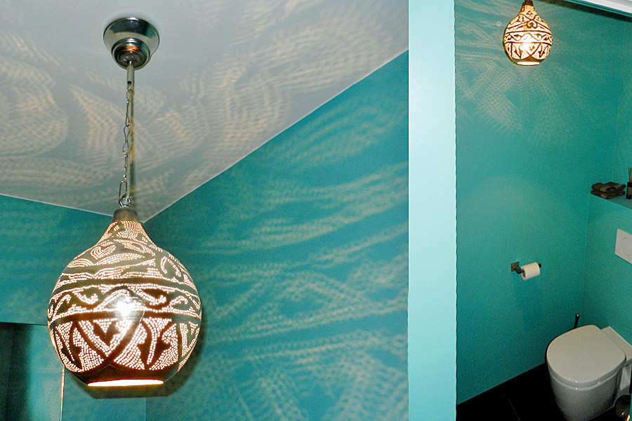 Oosterse lamp Haifa op toilet