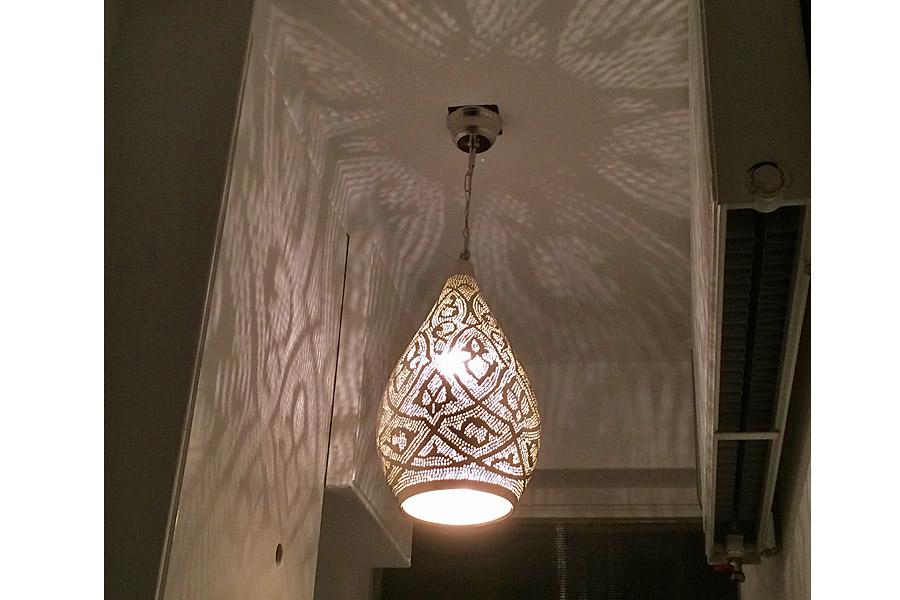 Hal met Egyptische lamp Nile