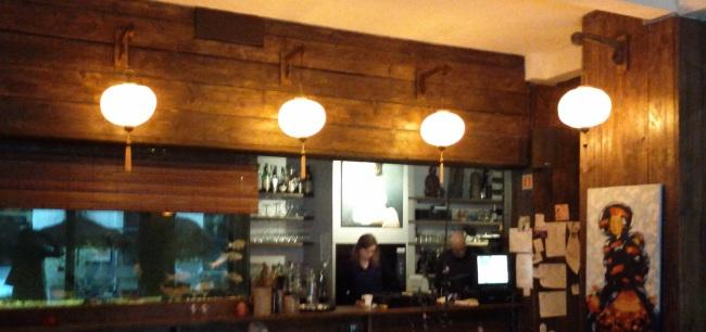 Laterne als Beleuchtung im Restaurant