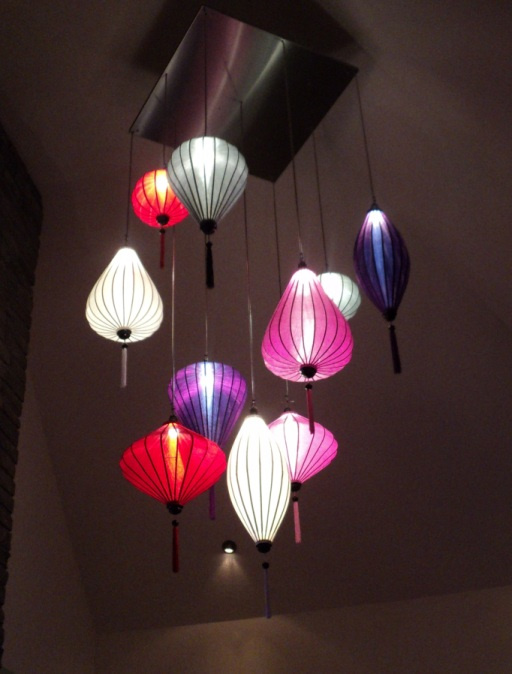 Lampionverlichting in restaurant