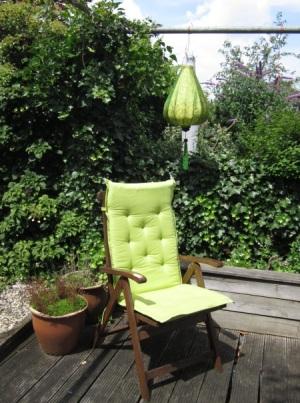 Gr�ne Lampion im Garten