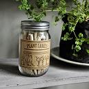 Plantenlabels in pot met potlood