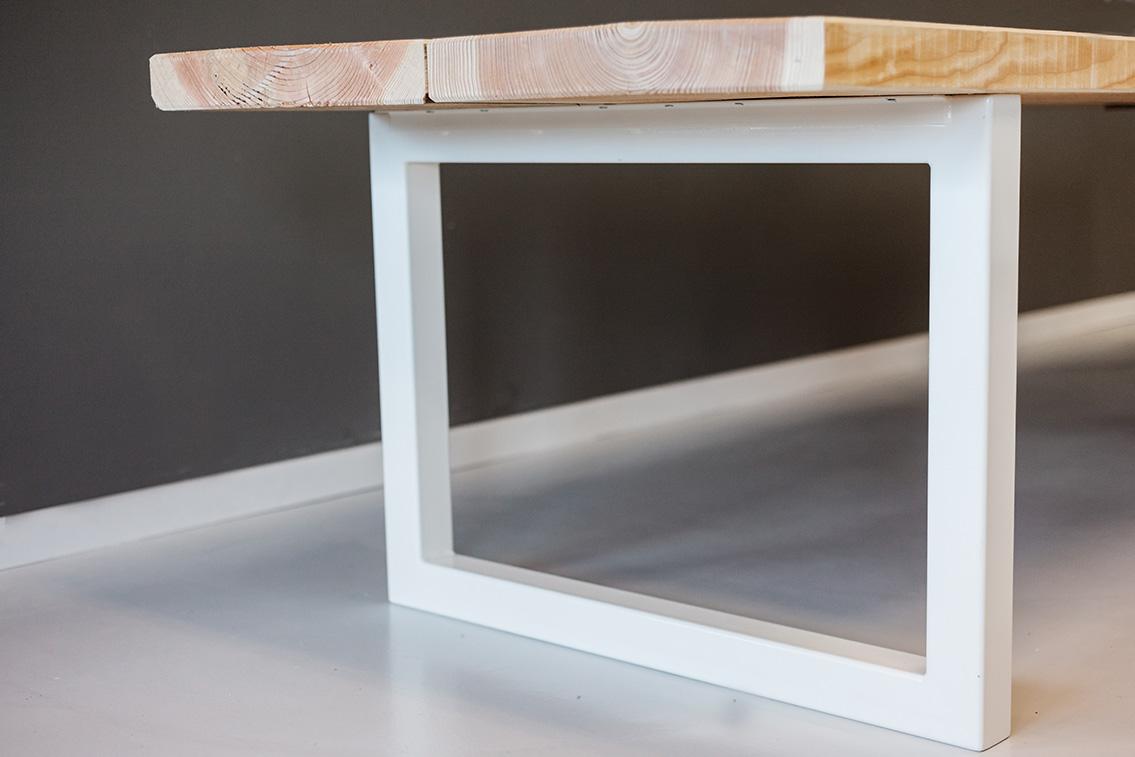 Teakhouten Tafel Met Stalen Poten.Rockwood Tafel Op Maat Specialist In Douglas Tafels Eiken Eettafels