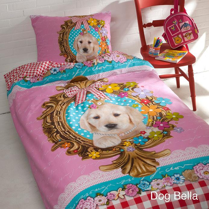 <h4>BEDTEXTIEL PAKKET DOG BELLA 3 in 1 WIT (90x200cm)</h4><p>(+dekbedovertrek + hoofdkussen + dekbed)</p>
