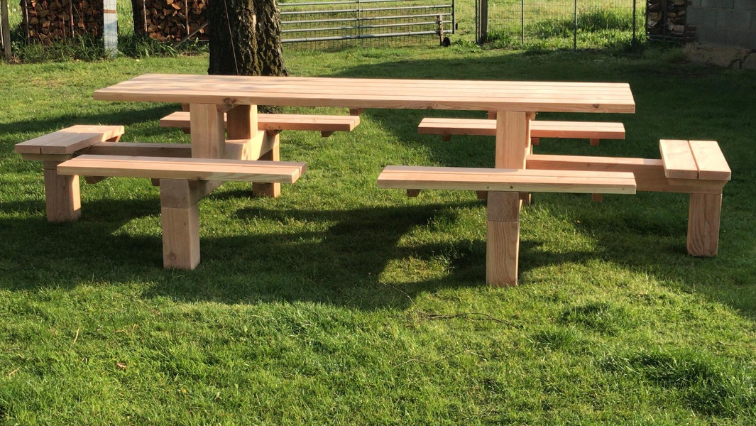<BIG><B>PICKNICKTAFEL EASY SIT DOUGLAS</B></BIG>