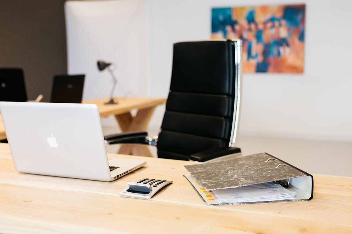 <h2>Veelzijdig Productief Bureau</h2>