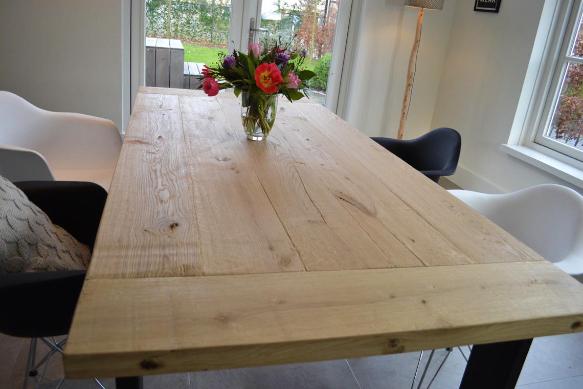 Eiken eettafel cm rechthoekig tafelblad geborsteld
