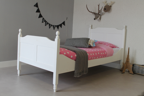https://myshop.s3-external-3.amazonaws.com/shop2329900.pictures.kinderbed%20amalia%2090x200.jpg