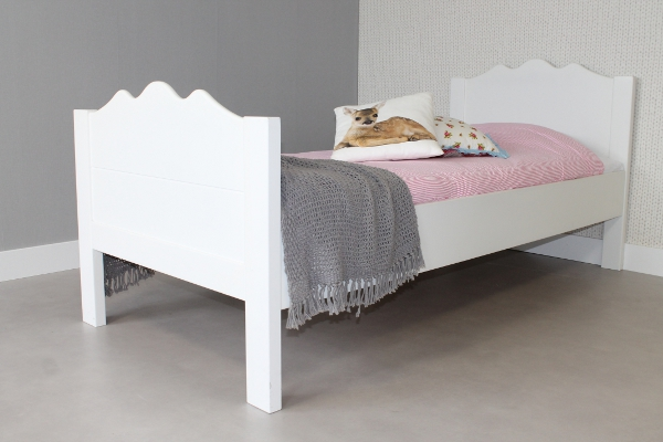 https://myshop.s3-external-3.amazonaws.com/shop2329900.pictures.kinderbed%20maxima%2090x200.JPG