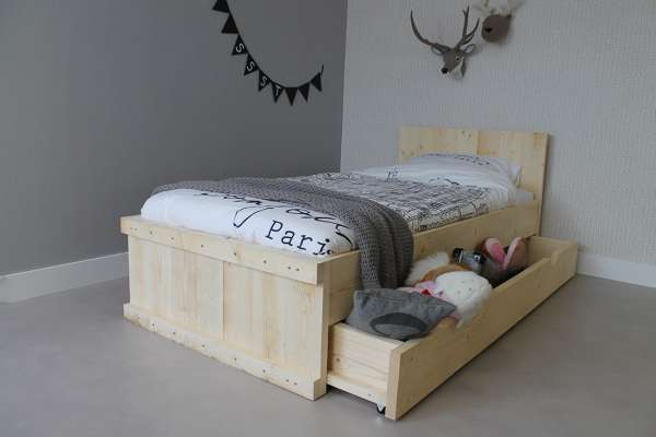 https://myshop.s3-external-3.amazonaws.com/shop2329900.pictures.myshop-medium-steigerhouten-bed-michael-90x200cm-combilade-plf.JPG