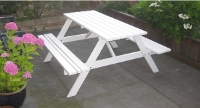 https://myshop.s3-external-3.amazonaws.com/shop2329900.pictures.picknicktafel%20wit%20voortuin%20klein.JPG