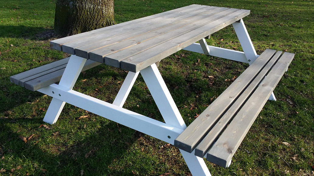 <BIG><B>PICKNICKTAFEL BI COLOR 1.80m/4cm dikte</B></BIG>