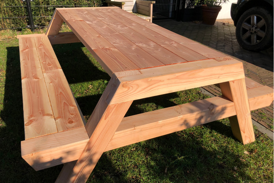 <BIG><B>PICKNICKTAFEL DOUGLAS BIG FOOT 2.00m/12cm dikte</B></BIG>