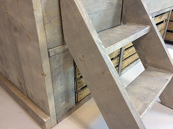 https://myshop.s3-external-3.amazonaws.com/shop2329900.pictures.steigerhouten-bed-jasper-detailklein.jpg