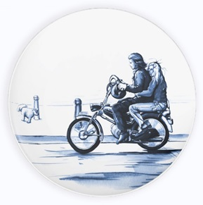 Plate On the moped