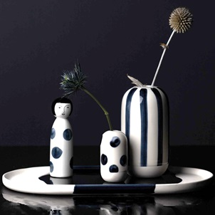 Vase blue stripes