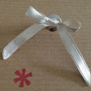 Brooch Bow silver