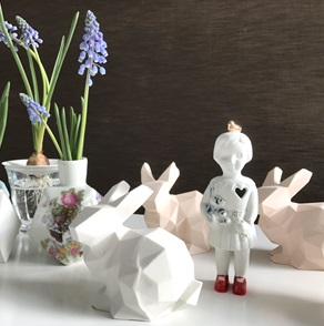 Porcelain bunny light pink