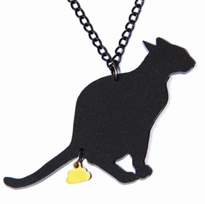 GoldenTurd Cat Necklace black