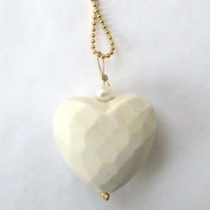Necklace haert white